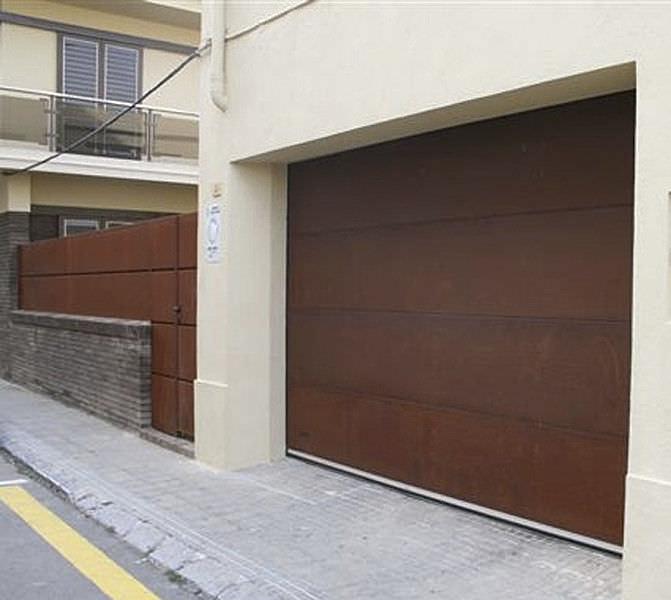 ... Sectional Garage Door / COR TEN® Steel / Aluminum / Automatic