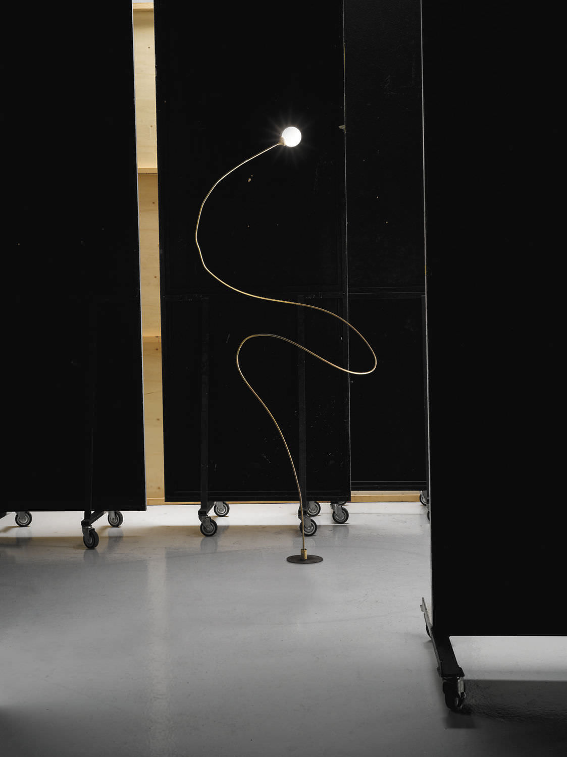 Floor-standing lamp / contemporary / brass / cement - FIREFLY by ...