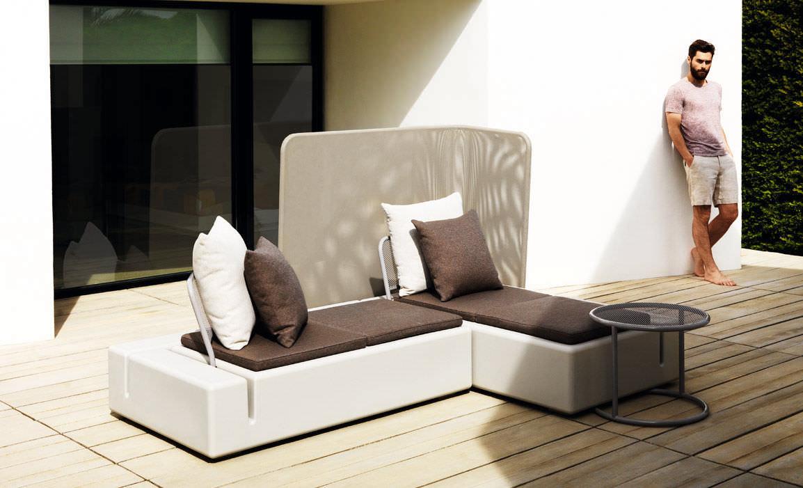 contemporary screen / stainless steel / batyline® / garden - kes