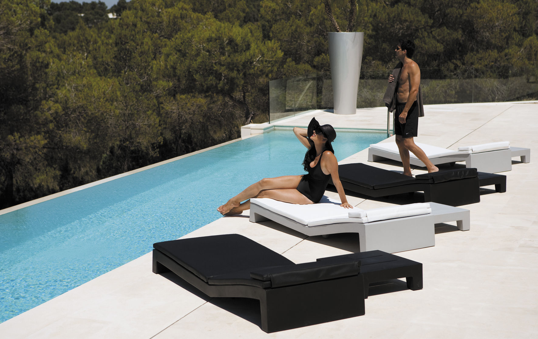 Modern White Outdoor Furniture contemporary sun lounger / polyethylene / garden / 100% recyclable
