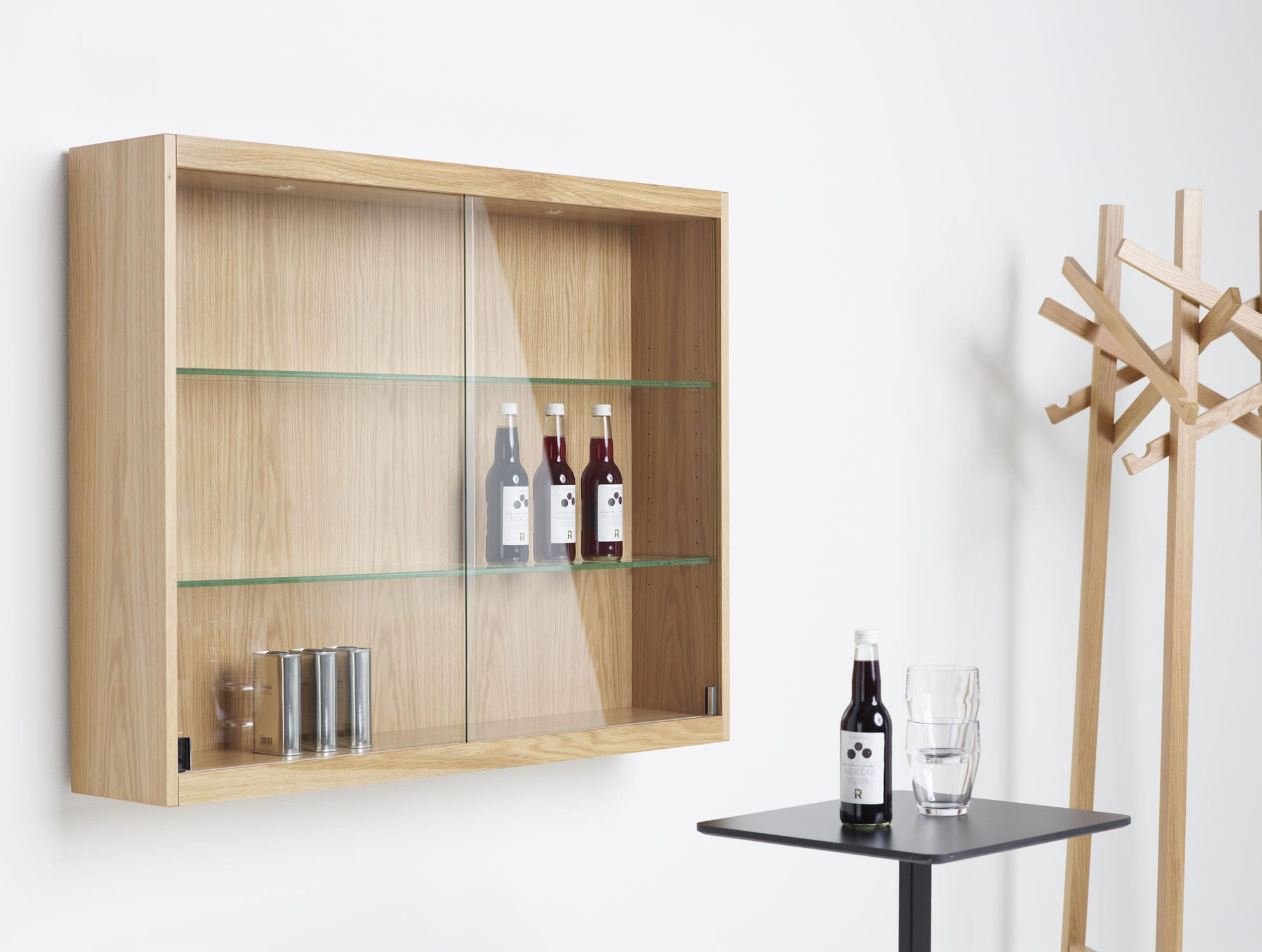 Wall-mounted sideboard / contemporary / oak / glass - FRONT by L ...