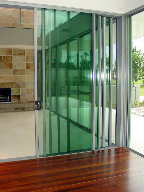 Sliding Patio Door / Aluminum / Double Glazed   MULTI TRACK