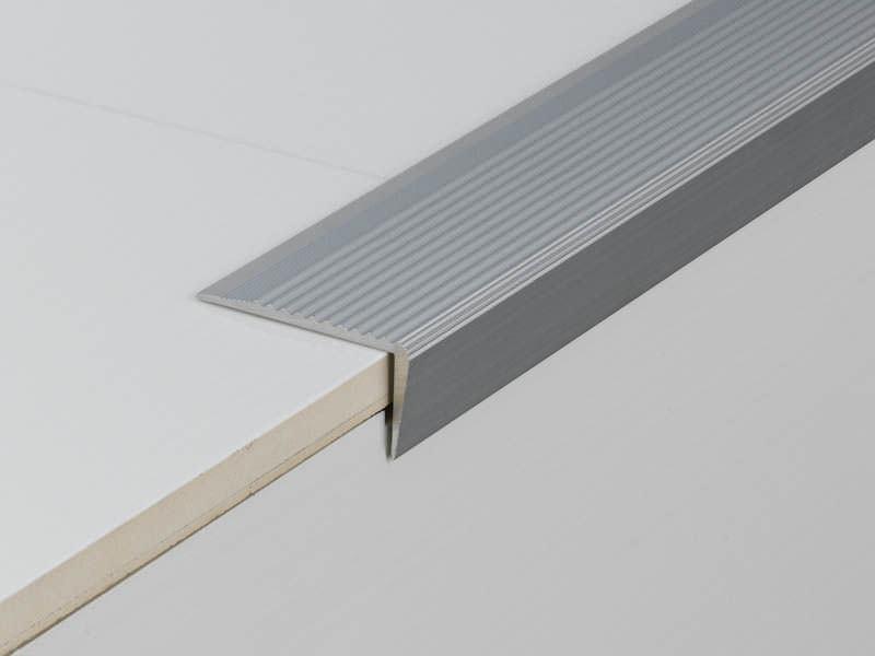 Aluminum Stair Nosing   NOVOPELDAÑO® 5