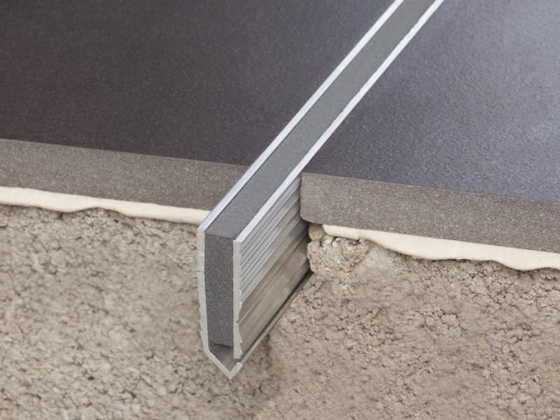 dehnungsfuge aluminum expansion joint for floors novojuntaar metallic flecha dehnungsfugen estrich verharzen