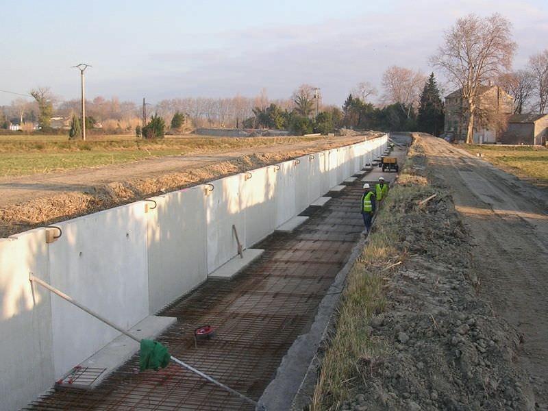 Reinforced concrete retaining wall modular prefab 250 SERIES