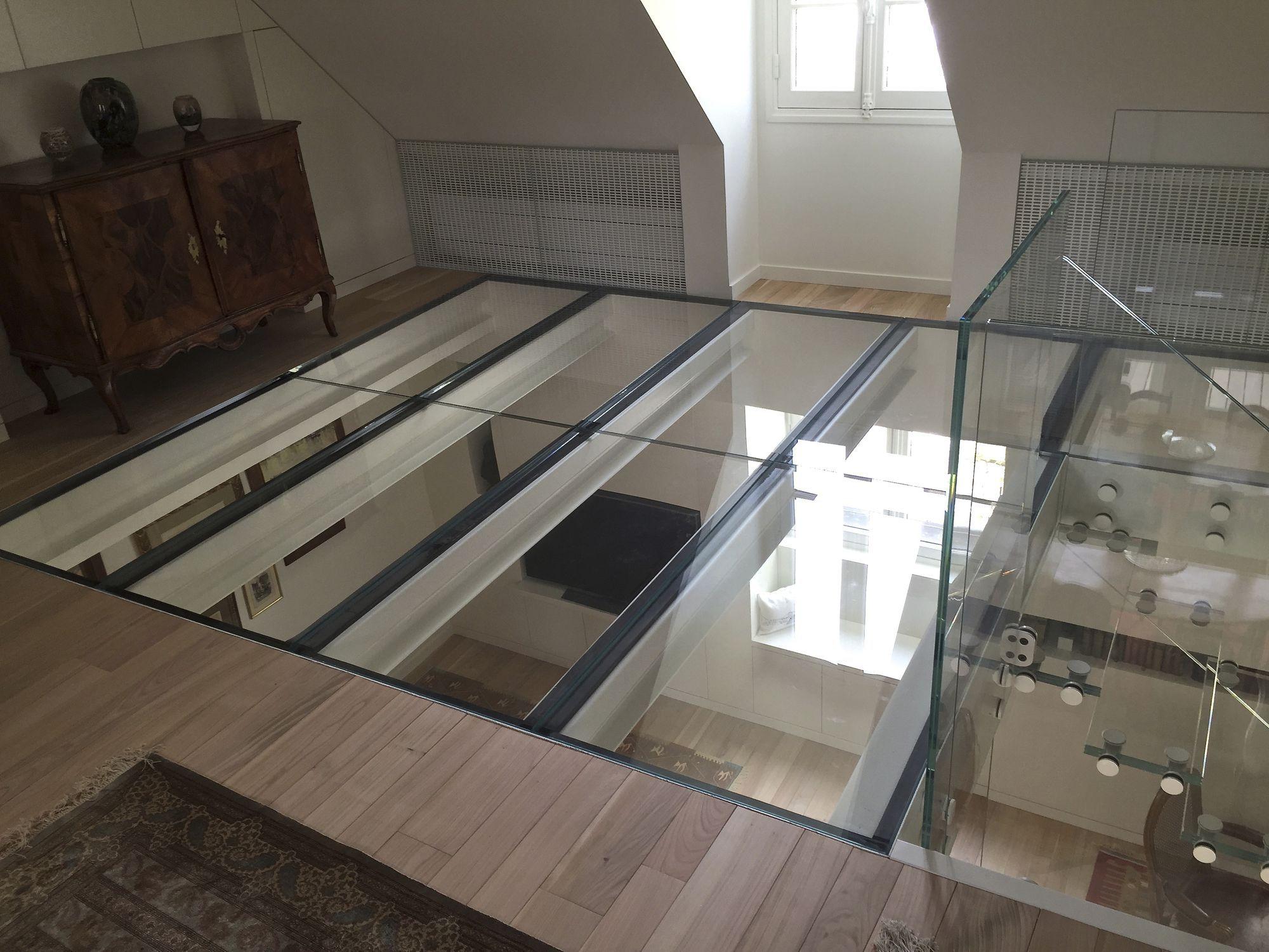 Steel raised access floor / glass / indoor - PLANCHER VERRE EXTRA ...