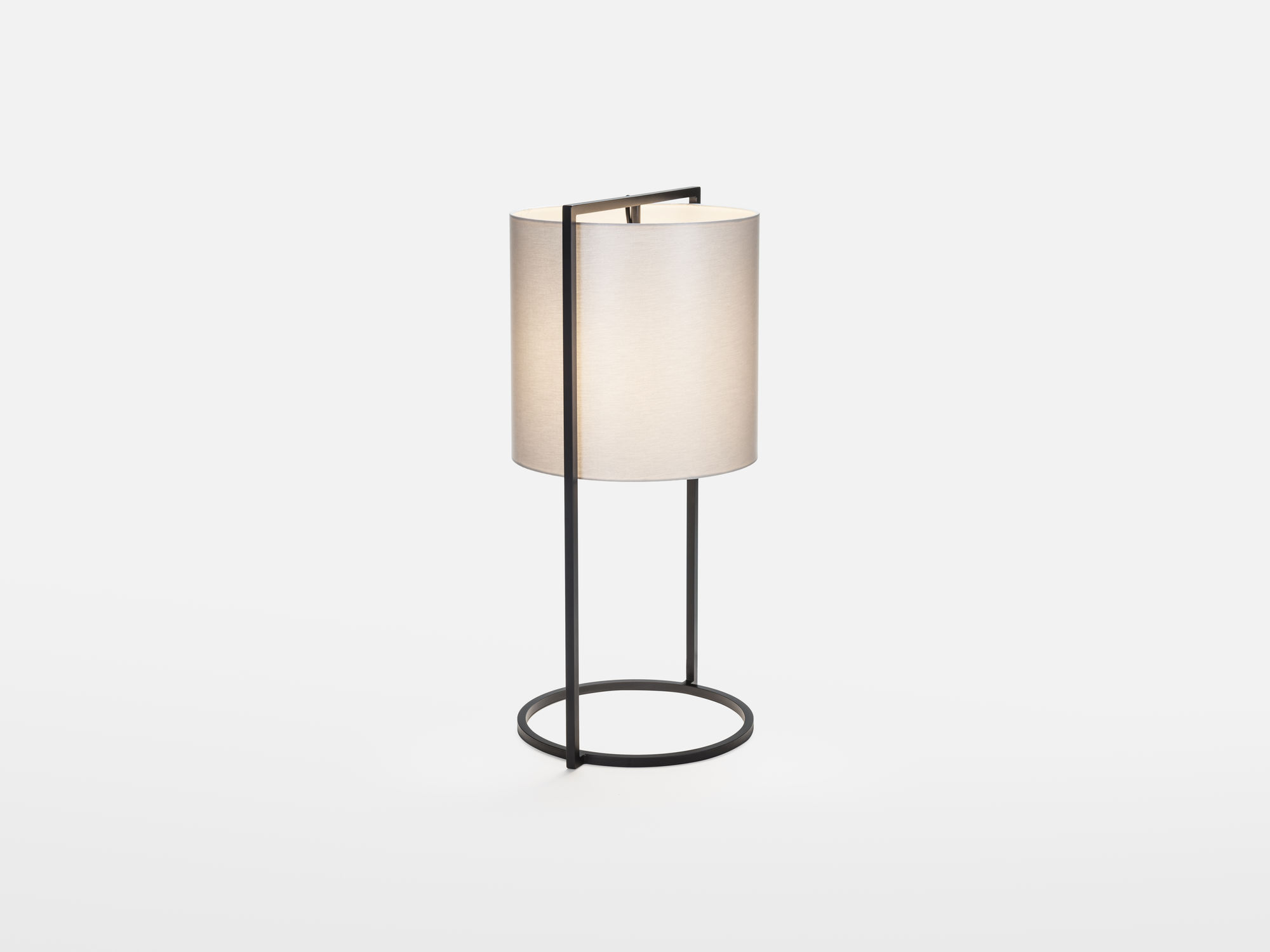 metal at z lamps material electrified patinated sale for furniture lighting oil now column and le french tole lamp table gilt t