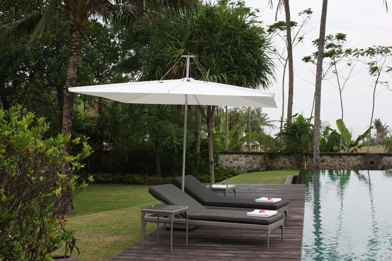 fiberbuilt master alone umbrella designs patio umbrellas stand ft garden hayneedle outdoor wind resistant