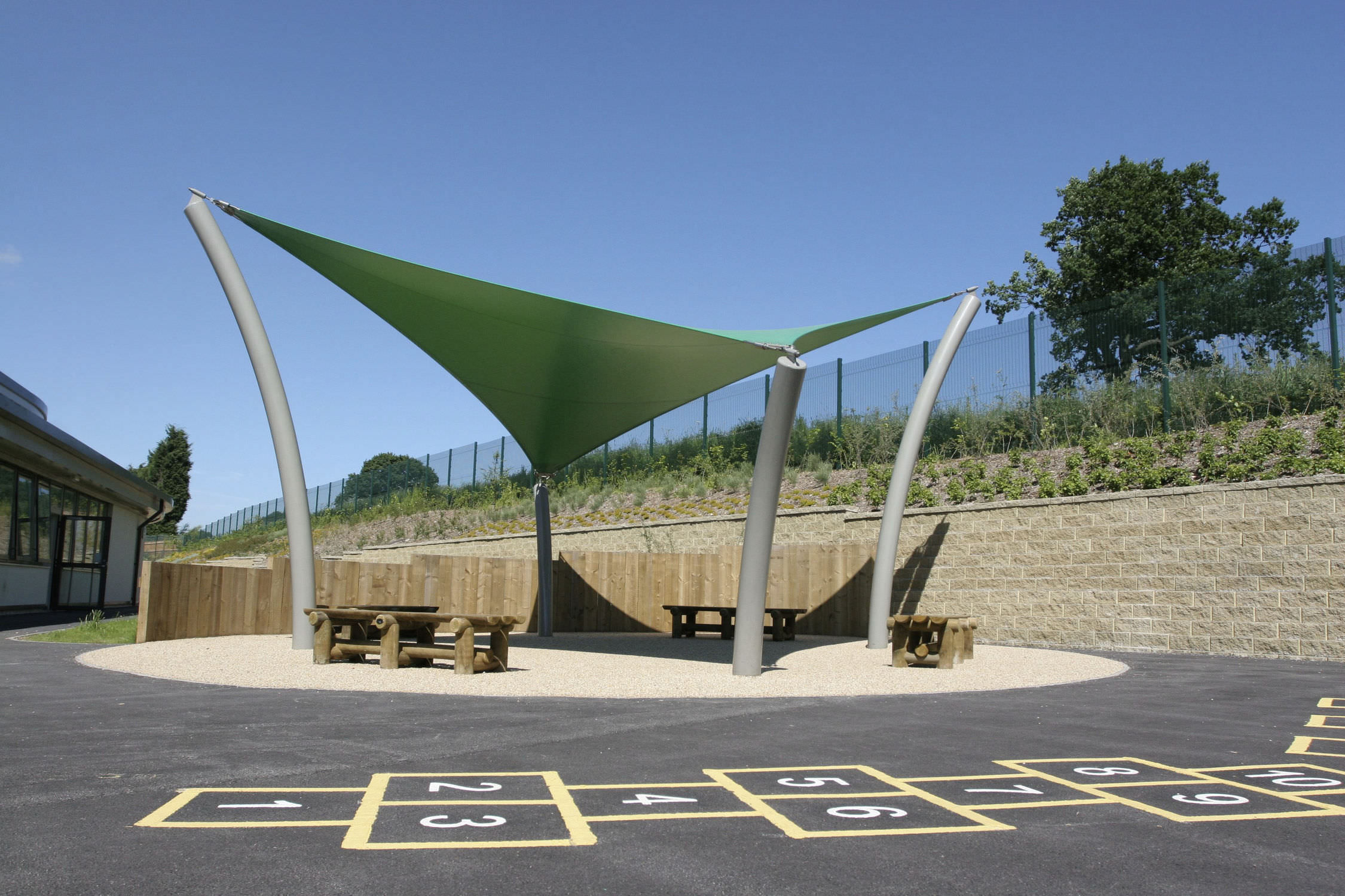 Commercial Shade Sail HYPAR : SIROCCO Fabric Architecture ...