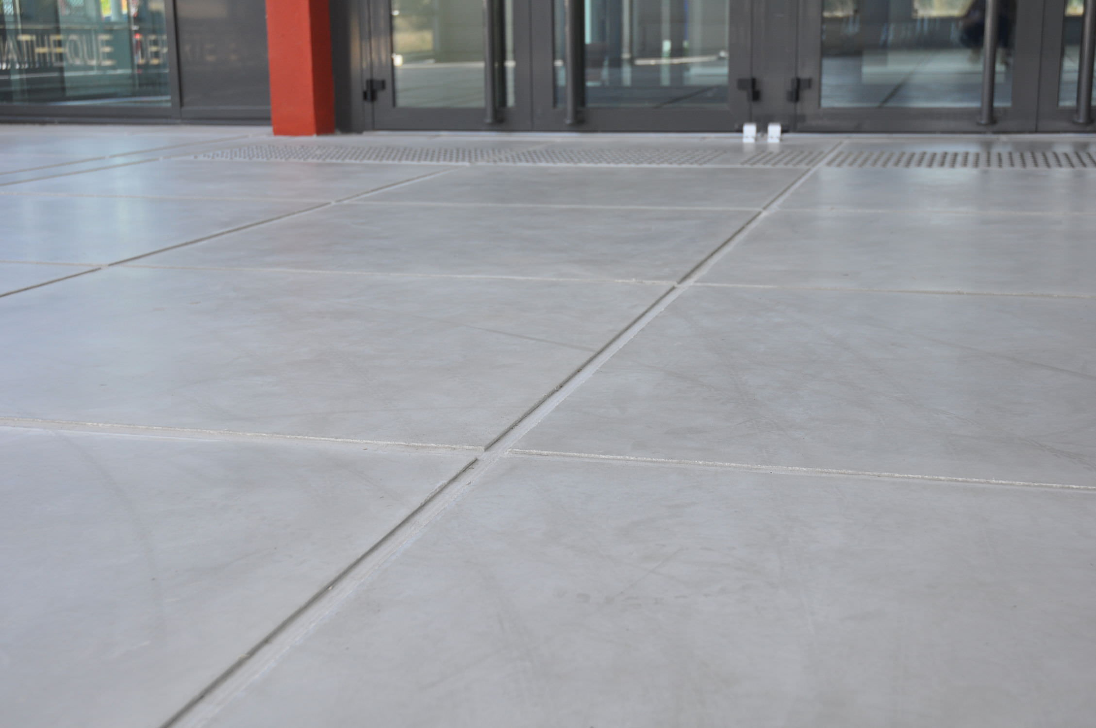 Indoor Tile Floor Concrete Matte Sermideco