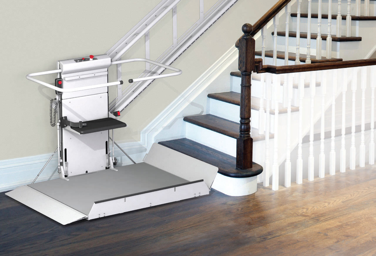 Exceptional Handicapped Platform Stair Lift / Inclined   DELTA