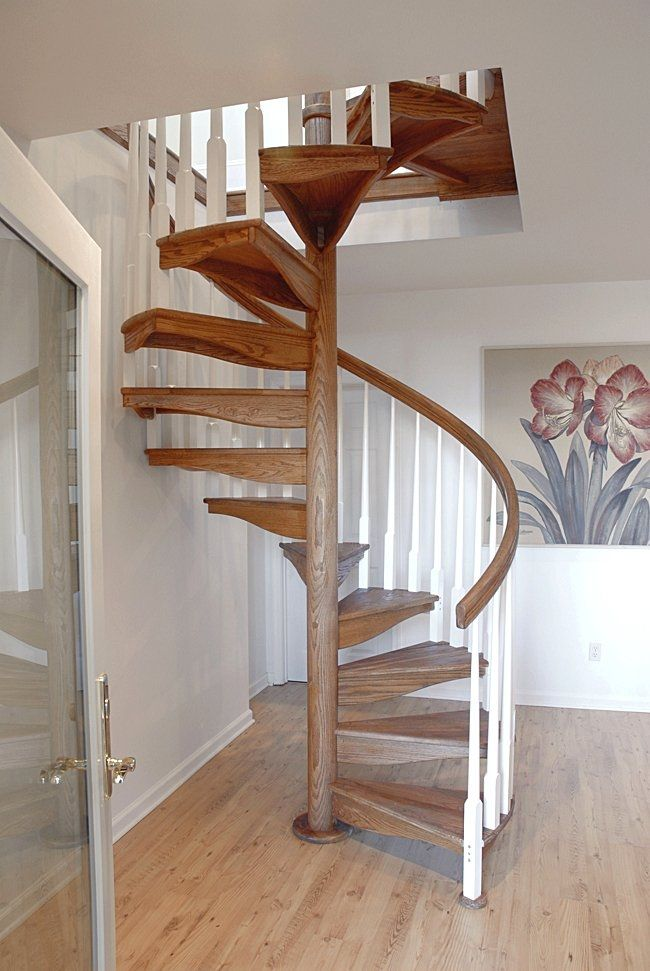 Superior Spiral Staircase / Wooden Steps / Wooden Frame / Without Risers   W 1L