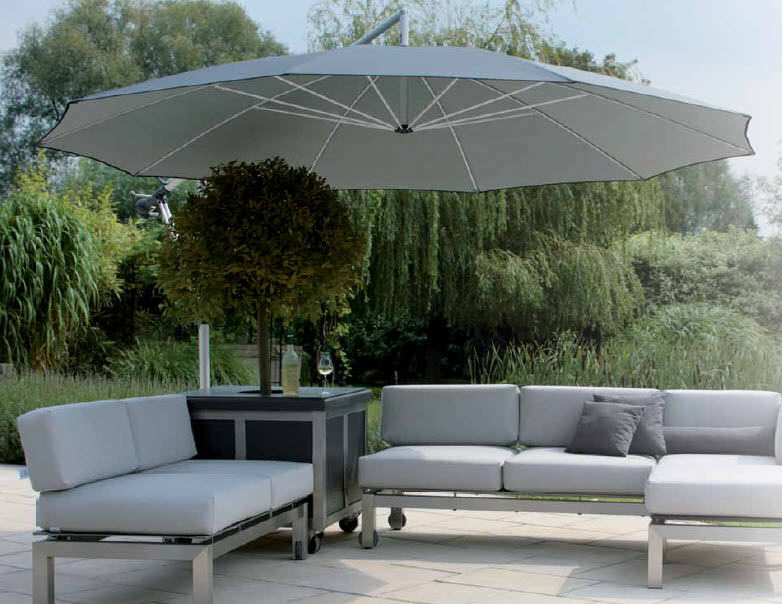 Perfect Offset Patio Umbrella / Canvas / Aluminum MEZZO MG May Sonnenschirme GmbH /  Germany ...