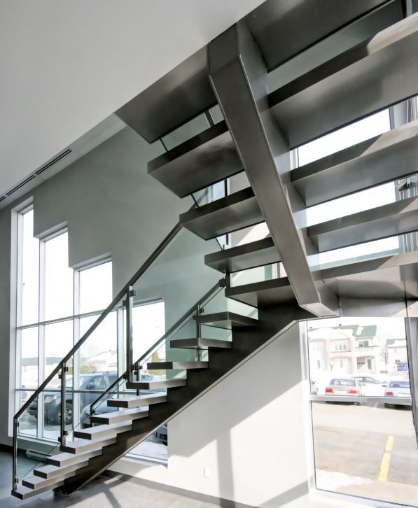 Quarter Turn Staircase / Steel Frame / Ceramic Steps / Without Risers ...