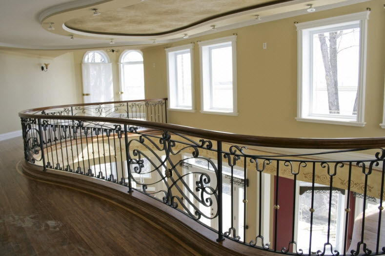 Wrought iron railing / with bars / indoor / for stairs - TRADITION ...