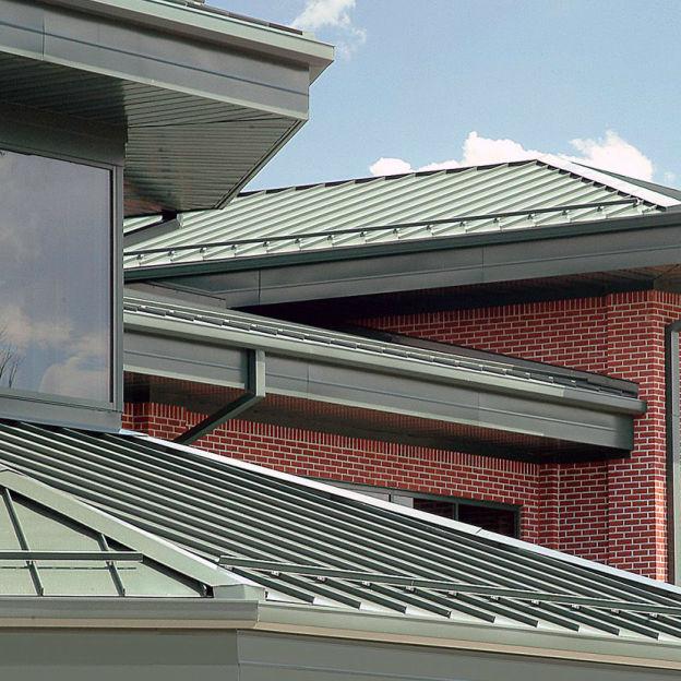 Metal Roofing Panel   SNAP ON BATTEN