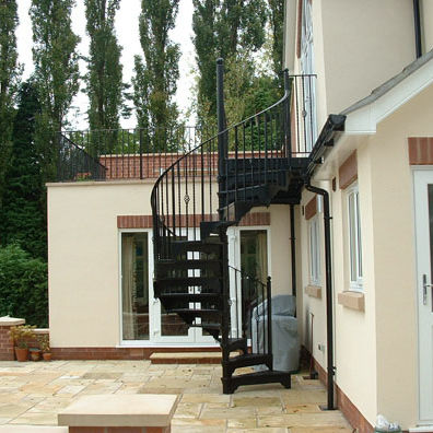 Spiral Staircase / Metal Frame / Metal Steps / With Risers   VICTORIAN WITH  WROUGHT IRON BALUSTERS