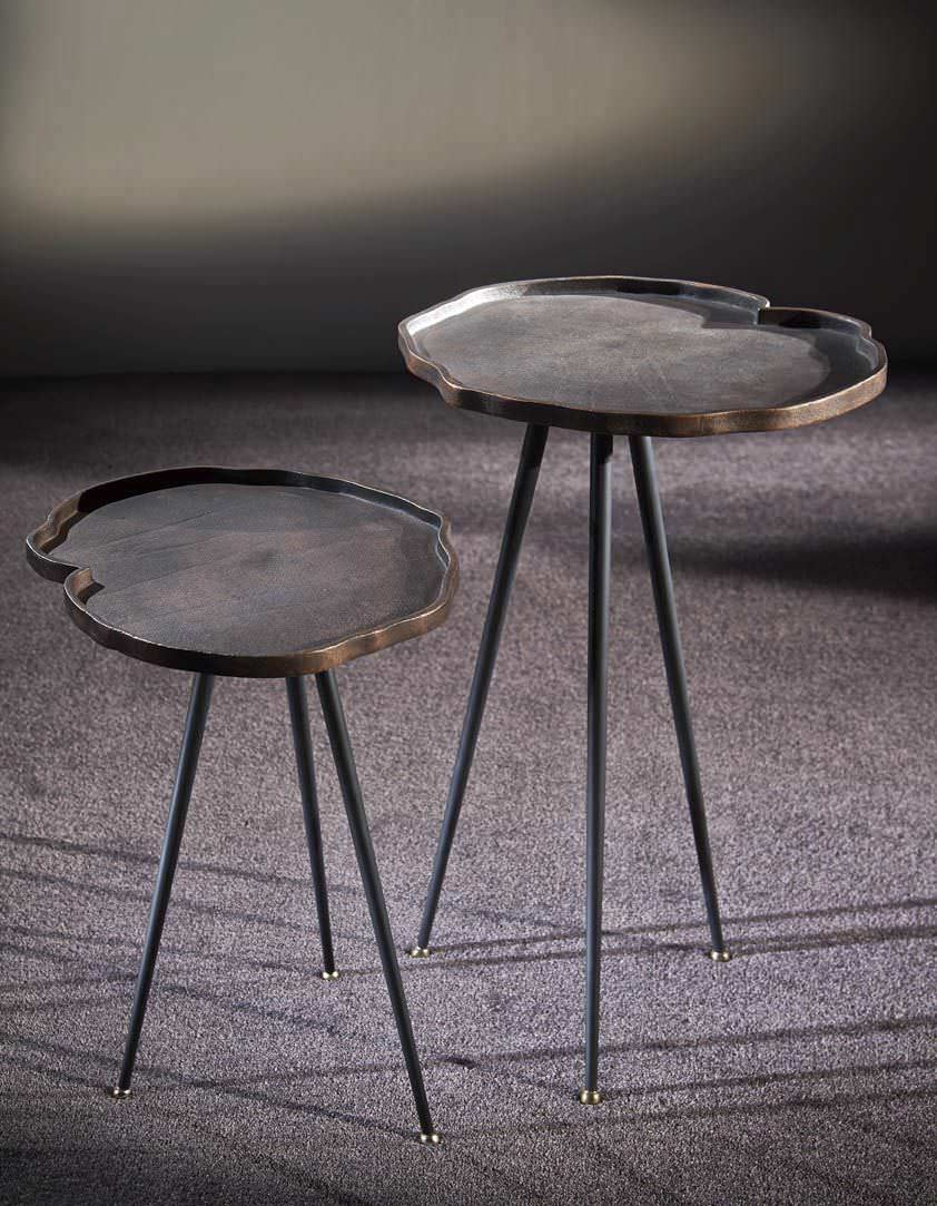 Lovely Contemporary Side Table / Cast Iron / Round   TANGO