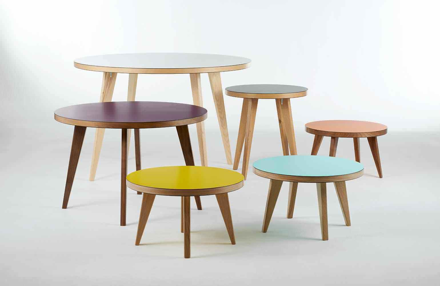 contemporary table solid wood round jura james buleigh - Table D Appoint Ronde