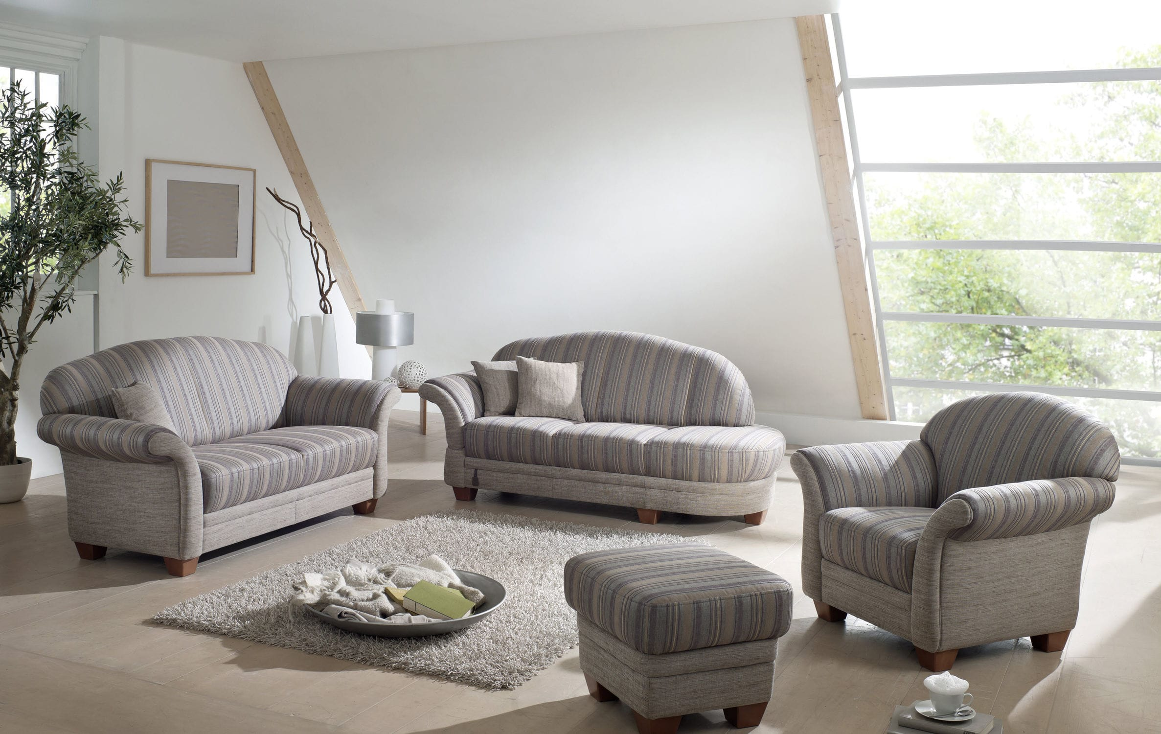 Traditional sofa / fabric / 2-person / multi-color - CHALET : WALLIS ...