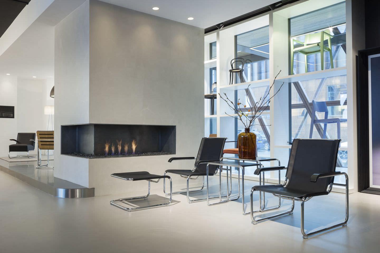 Bauhaus design armchair / wooden / leather / steel S 35 THONET ...