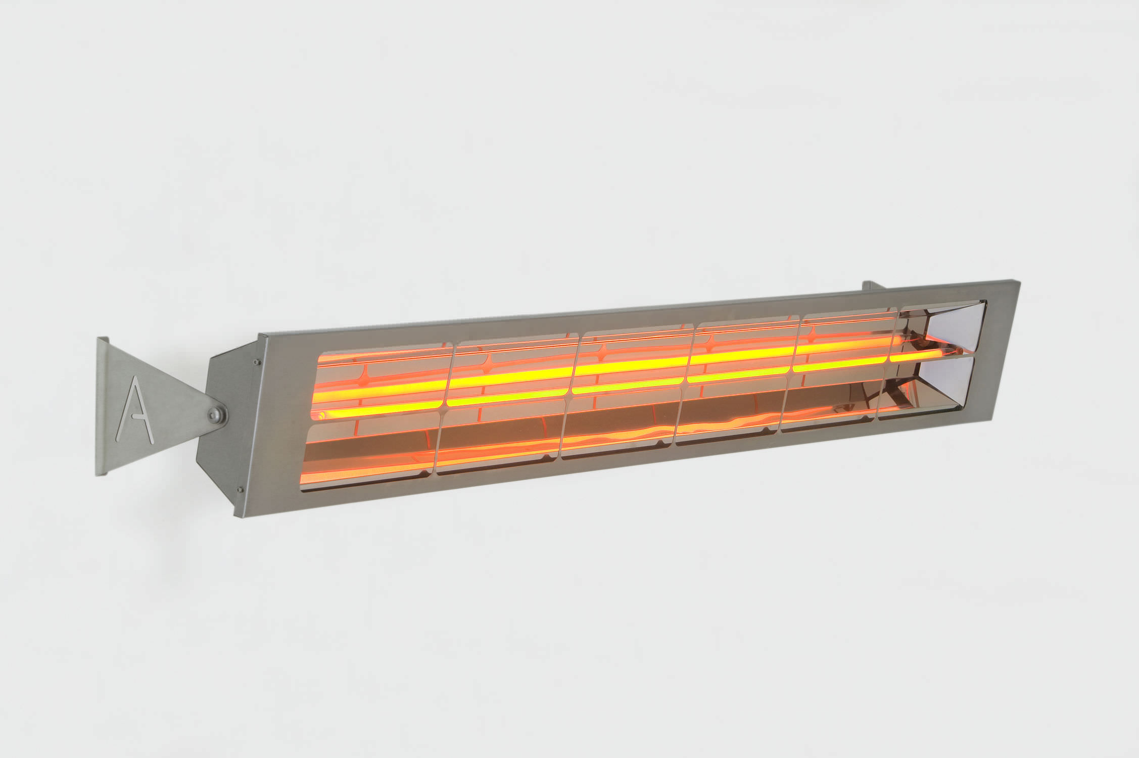 Wall Mounted Infrared Patio Heater / Electric ALFRESCO ALPINA ...