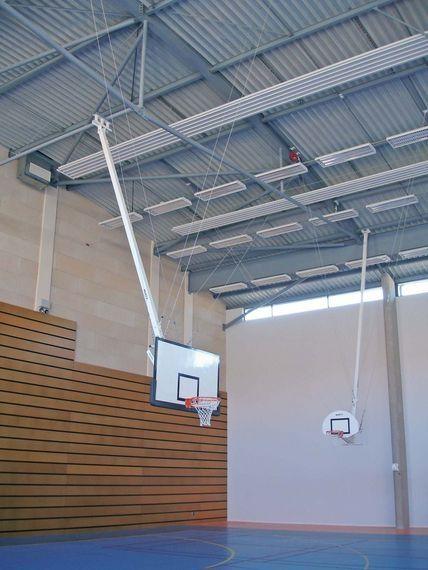 Wall Mounted Basketball Hoop   B3010AR