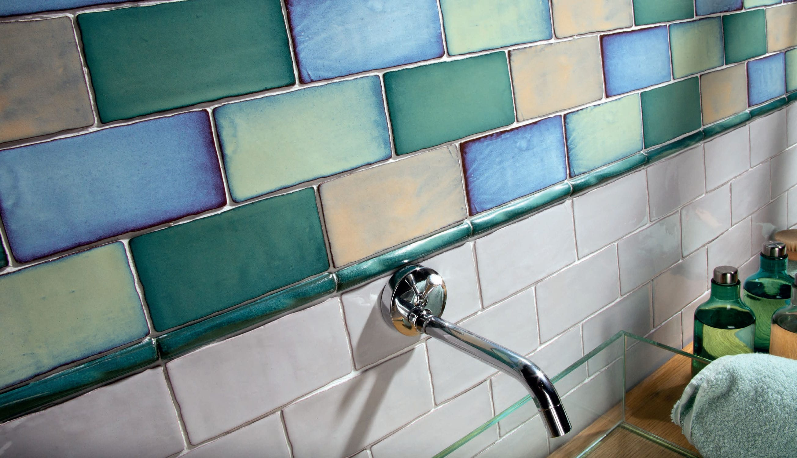 Indoor tile / wall / ceramic / plain - ANTIC SPECIAL - CEVICA