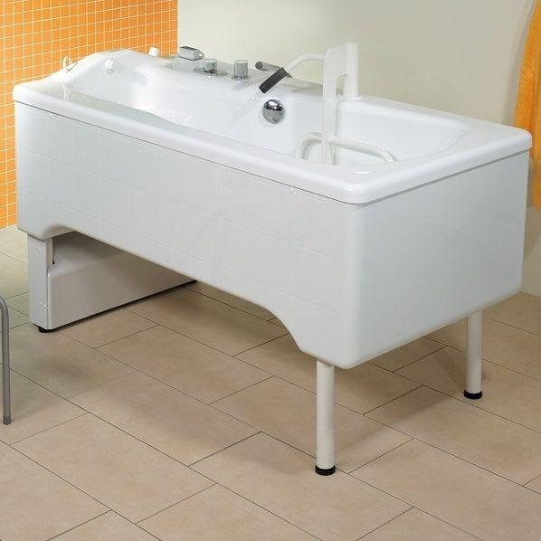Bathtub with legs / acrylic / medical - SAMARIT - Trautwein