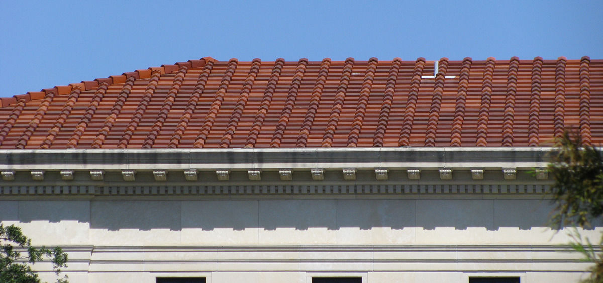 Edge Roof Tile Clay