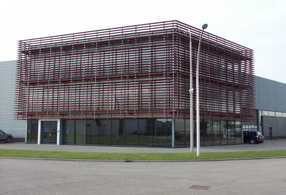 office facades. Metal Solar Shading / For Facades Office