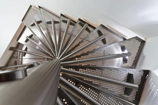 Square Spiral Staircase / Metal Steps / Metal Frame / Without Risers ...