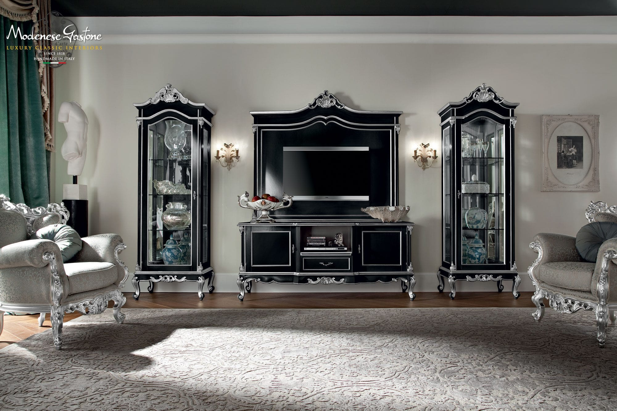Classic TV Cabinet / Wooden ...