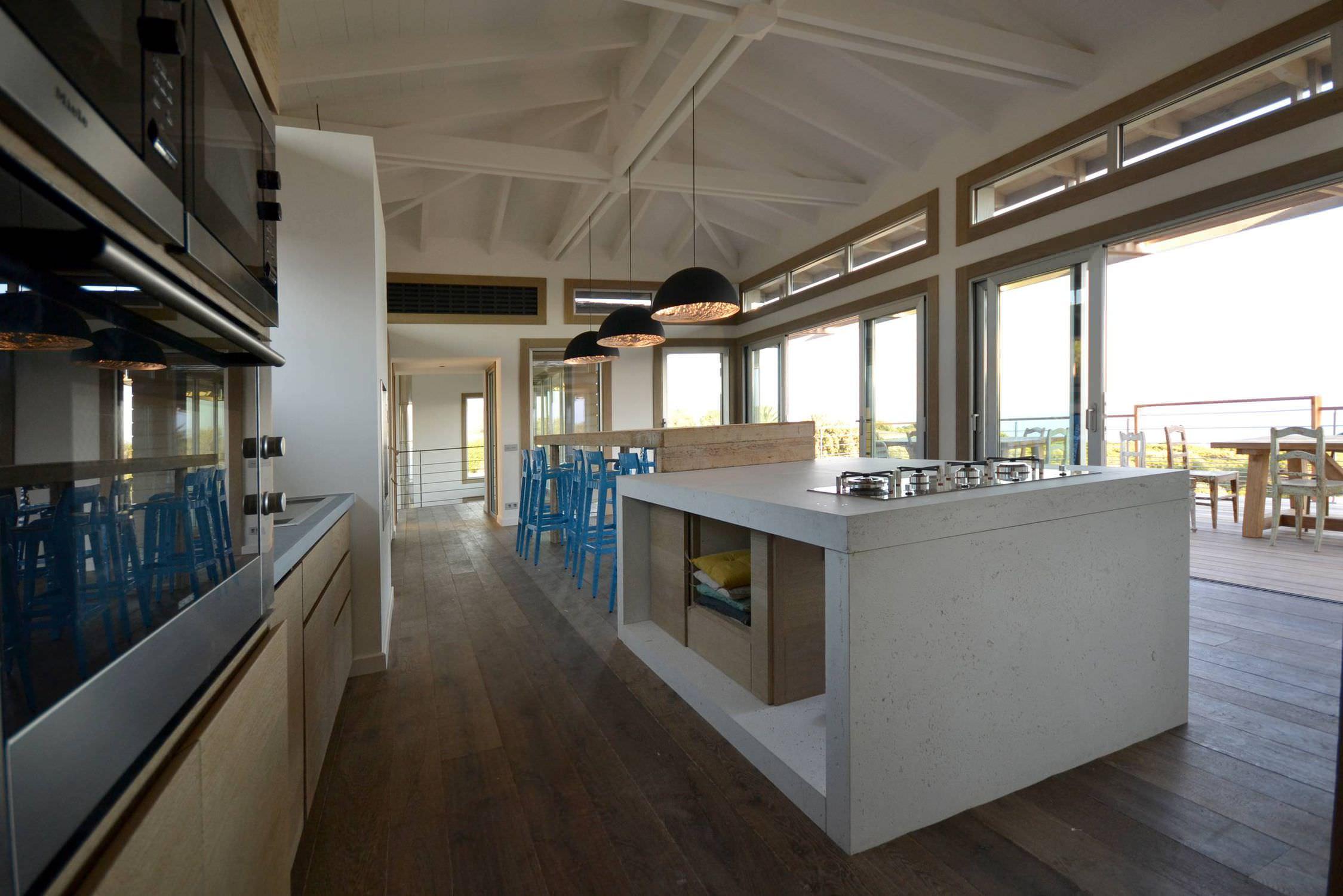 Interesting Concrete Countertop Kitchen Ilt Central En Bton Alleg Concrete  By Lcda With Cuisine En Bton Cir