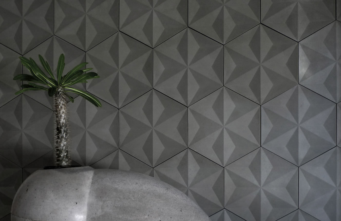 Indoor tile / wall / concrete / geometric pattern JAPANESE GEO Daniel  Ogassian ...