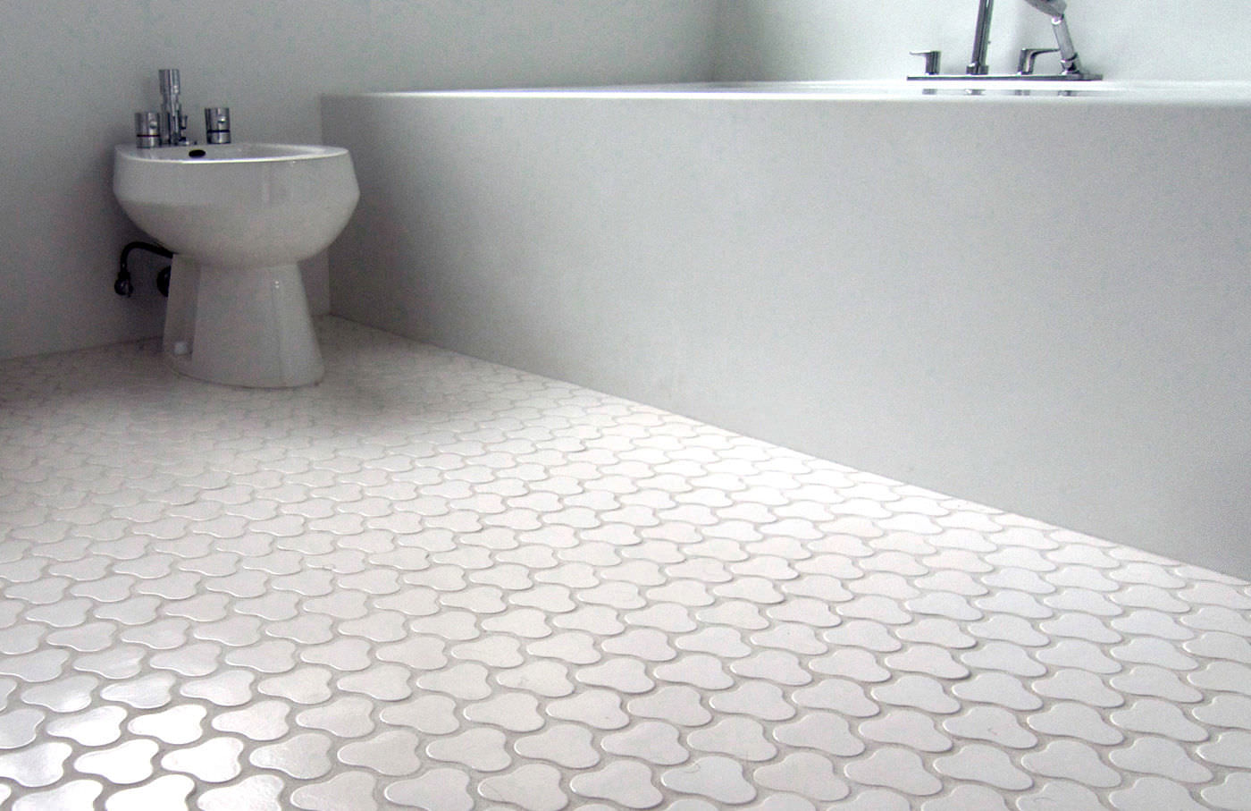 Indoor tile / bathroom / floor / ceramic - BOM - Daniel Ogassian