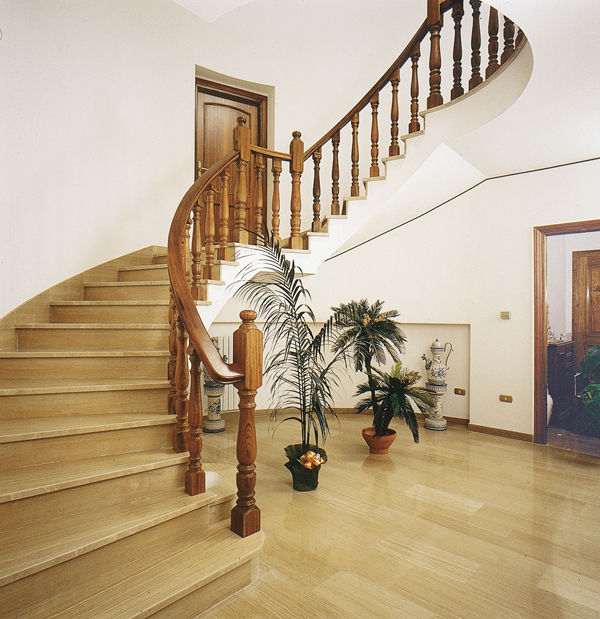 Ringhiere Per Scale In Legno.Wooden Railing Balustrade Indoor For Stairs