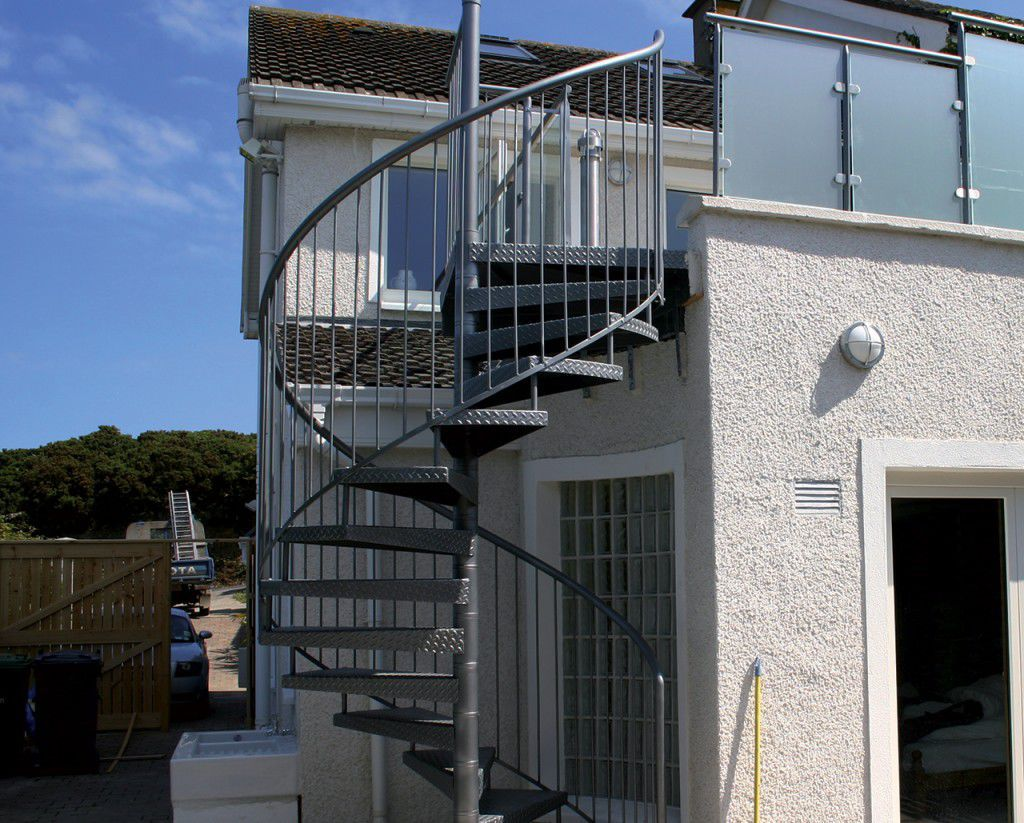 spiral staircase metal steps metal frame without risers glicine
