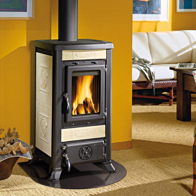 Wood heating stove / traditional / cast iron / ceramic - FULVIA ...