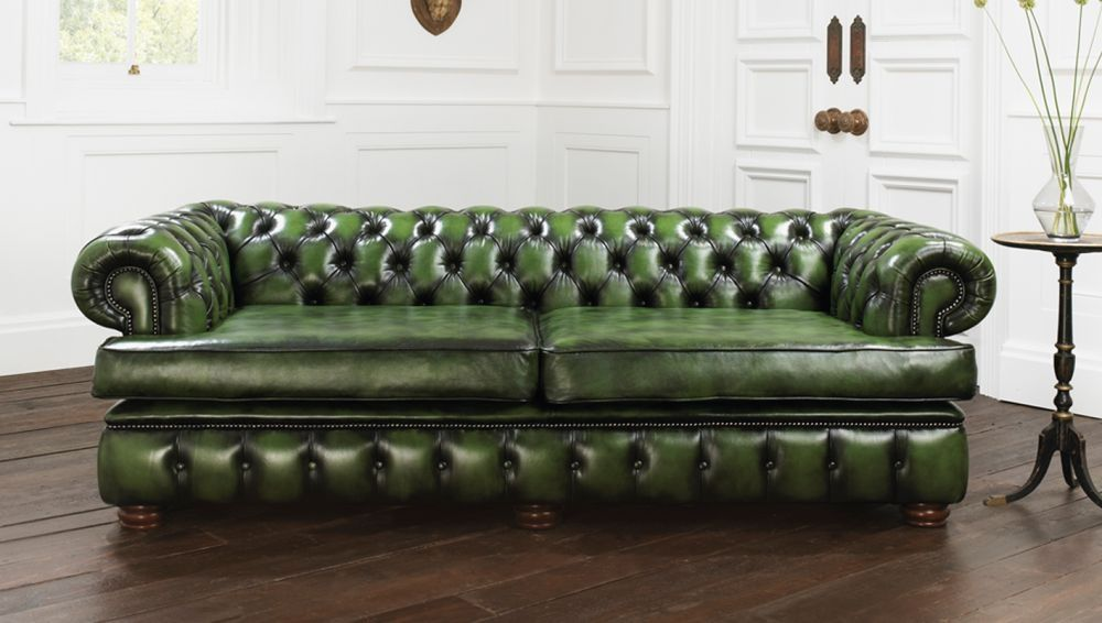 Nice Chesterfield Sofa / Leather / 2 Person / Green   HAREWOOD
