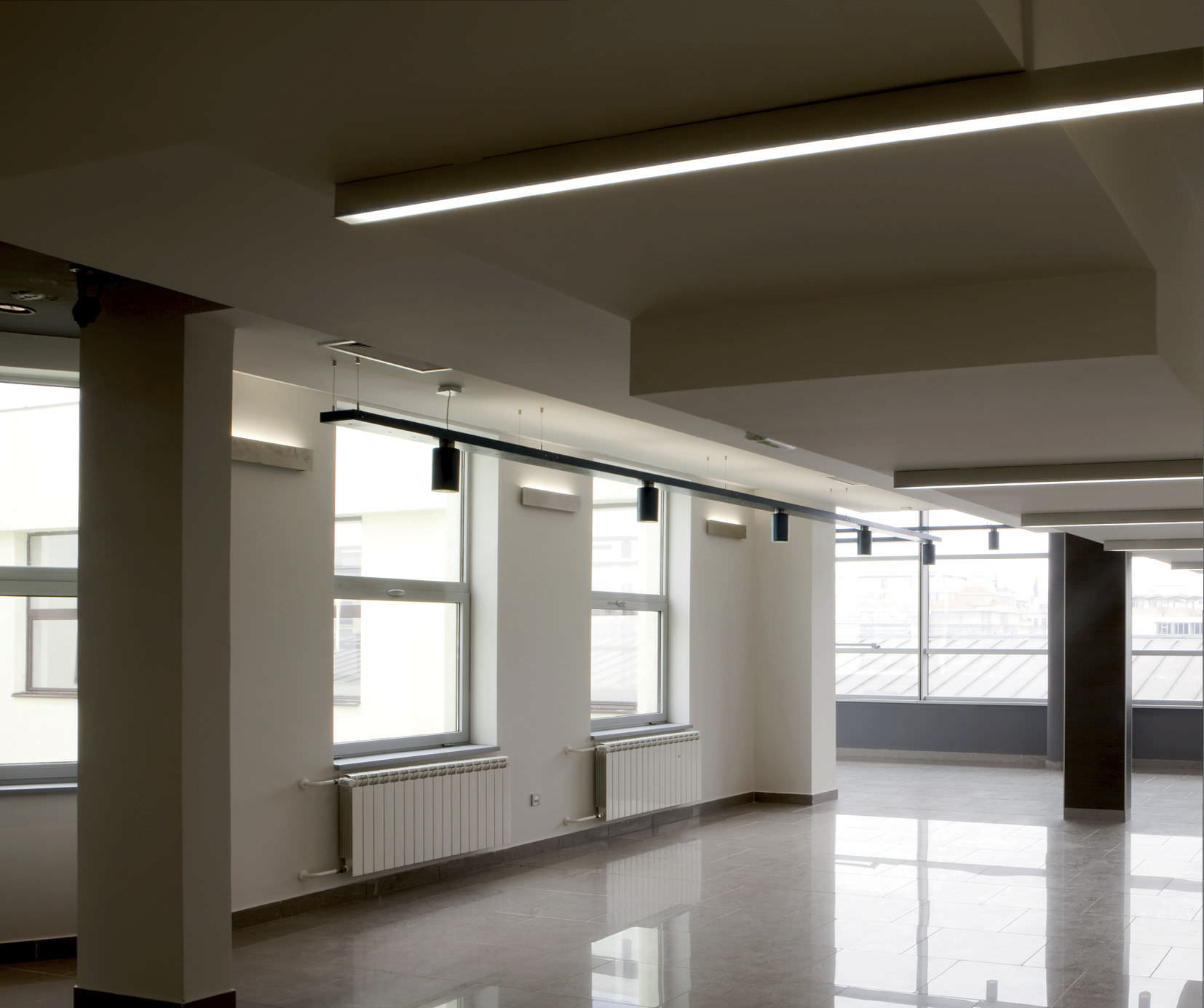 Hanging light fixture / surface-mounted / recessed ceiling / LED ...