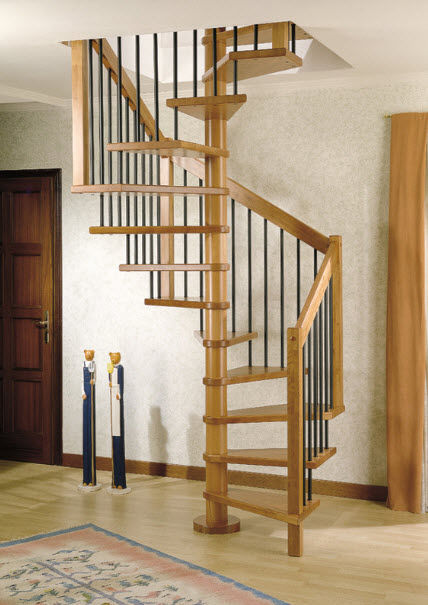 Square Spiral Staircase / Wooden Steps / Wooden Frame / Without Risers    PLANTA