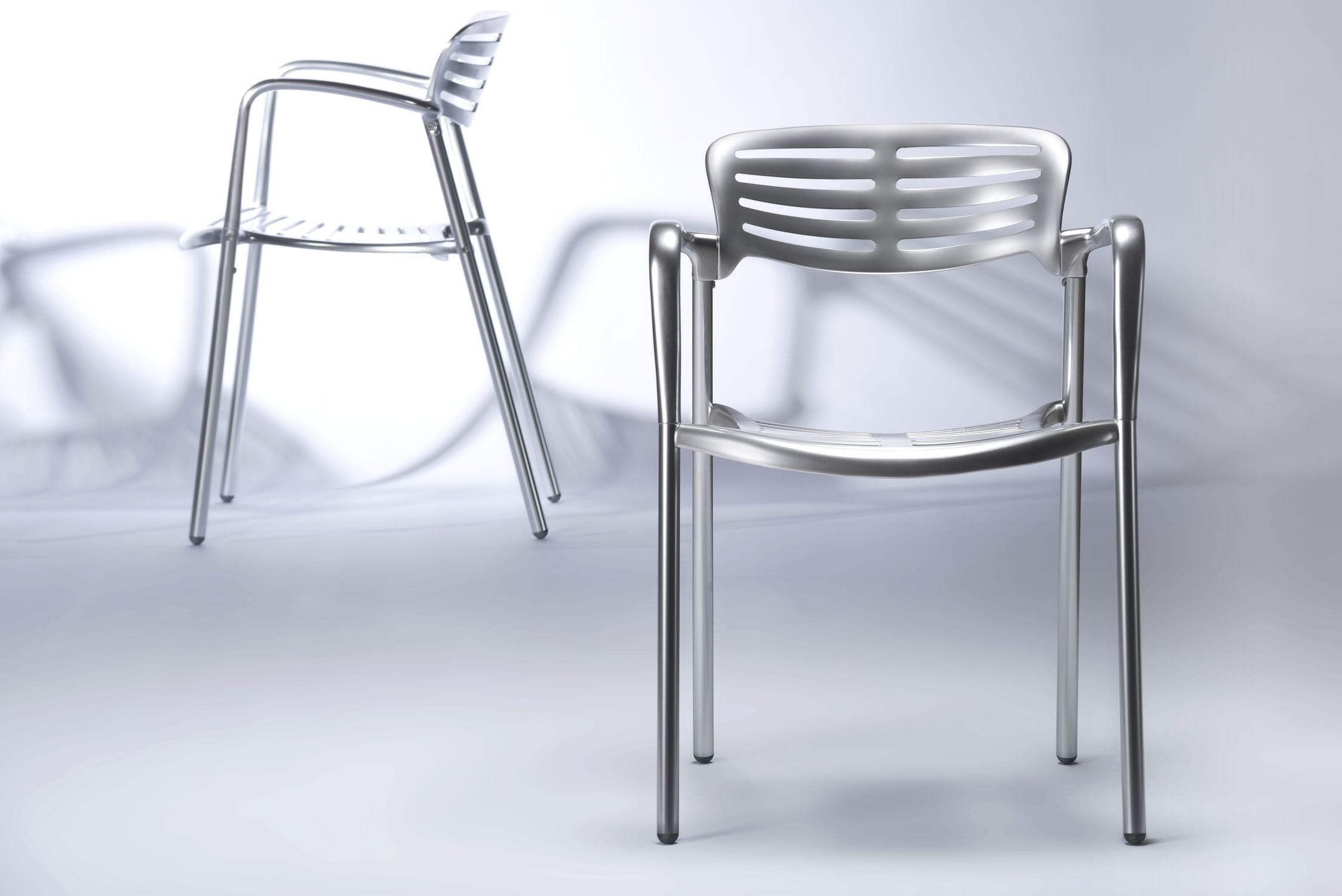 contemporary chair / with armrests / 100% recyclable / polished aluminum - TOLEDO by Jorge Pensi & Contemporary chair / with armrests / 100% recyclable / polished ...