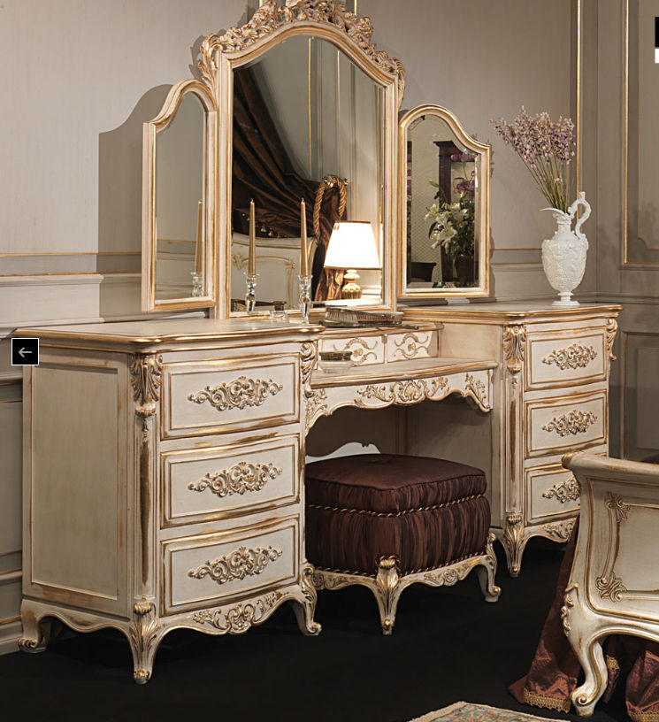 white and gold vanity table. Classic dressing table  wooden WHITE AND GOLD VIMERCATI MEDA