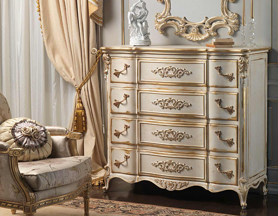 Louis XVI Style Chest Of Drawers / White   WHITE AND GOLD