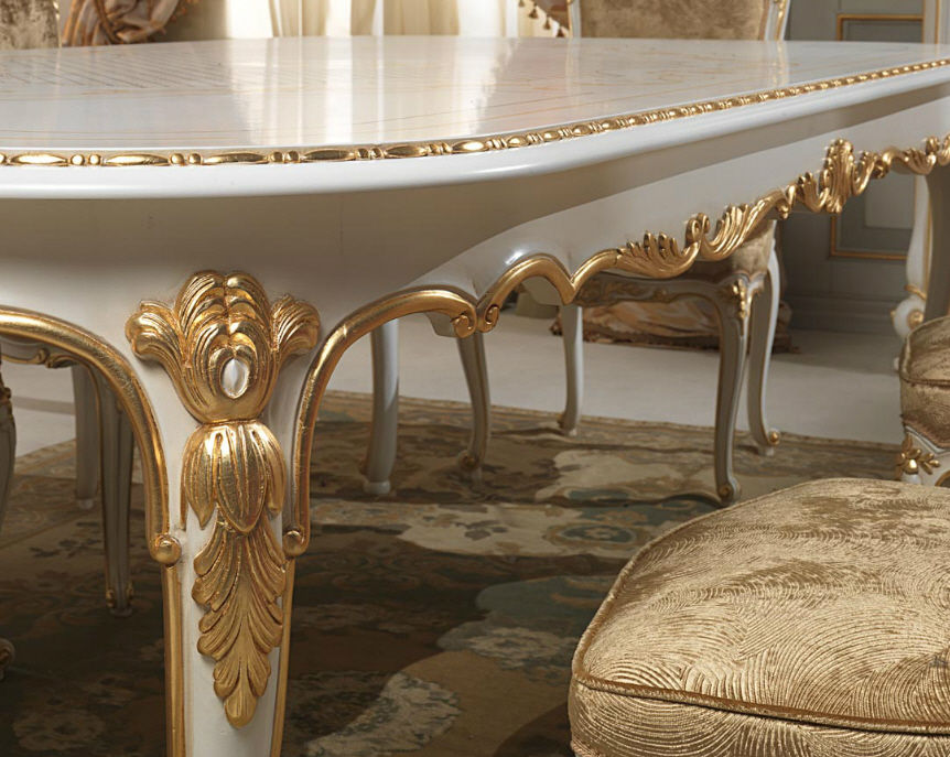 Beau Louis XVI Style Table / Painted Wood / Oval. VENICE VIMERCATI MEDA LUXURY  CLASSIC FURNITURE