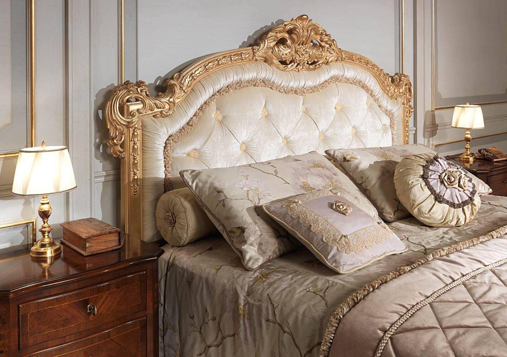 Beautiful Double Bed / Classic / Walnut FRENCH 19TH CENTURY VIMERCATI MEDA LUXURY  CLASSIC FURNITURE