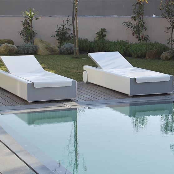 contemporary sun lounger / Sunbrella® / aluminum / garden - WEST COAST by  Carlos Aguiar - Contemporary Sun Lounger / Sunbrella® / Aluminum / Garden - WEST