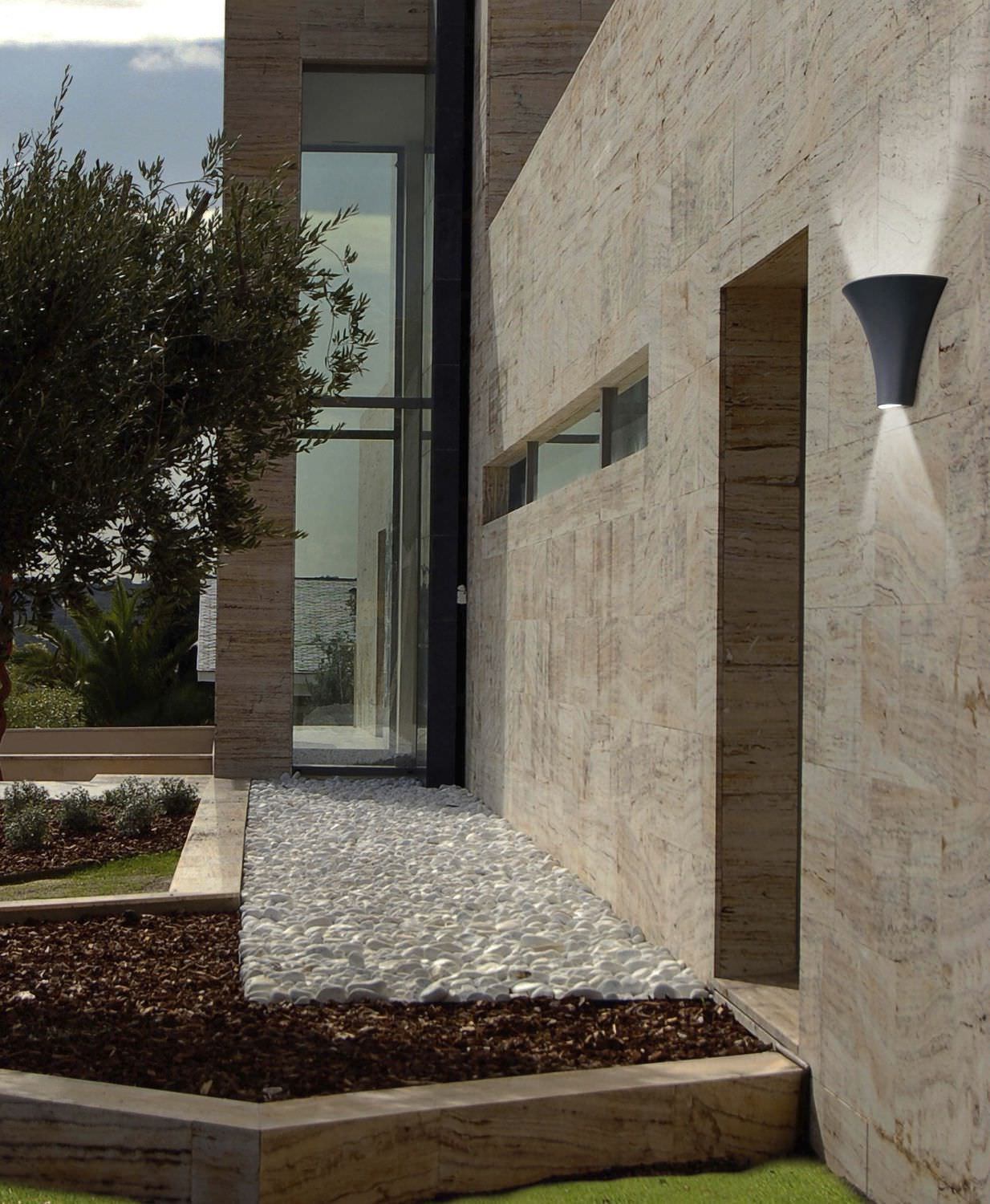 Contemporary wall light / outdoor / aluminum / polycarbonate ...