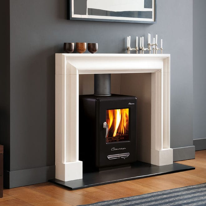 Traditional fireplace mantel / limestone - THE CLANDON - Chesney